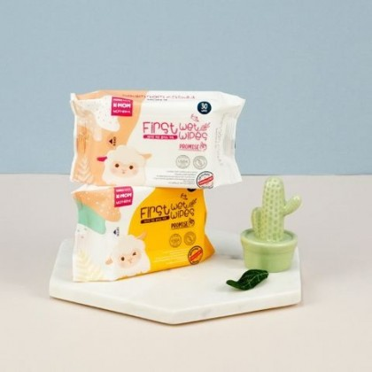 K-MOM FIRST WET WIPES